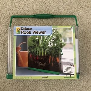 Our Garden Deluxe Root Viewer by Toysmith - NEW